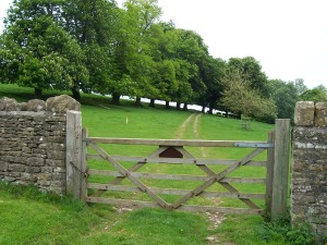 a-country-gate-near-bath1